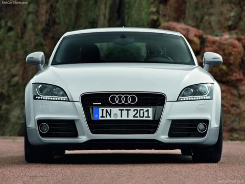 Audi TT Coupe 2011モデル